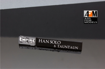 han solo&tauntaun-stand--ASISFILMMODELS-FDEASIS73 2_2